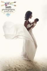 Mother with Flowing Dress SEEM photography