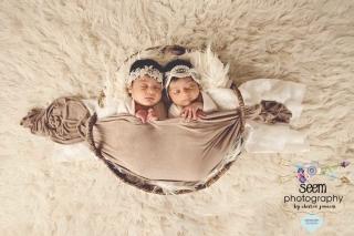Newborn Twins SEEM photography