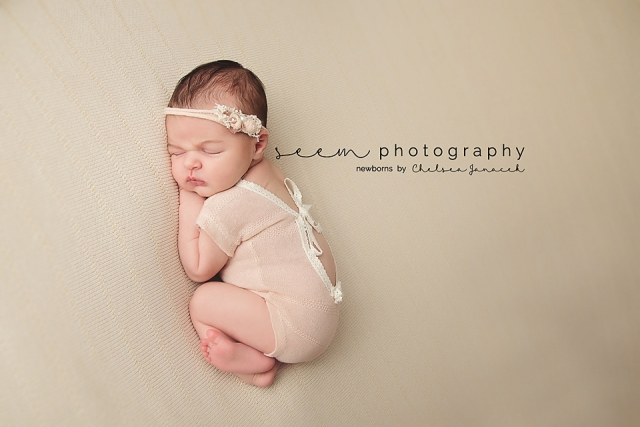 Houston Newborn Photographers SEEM photography Baby White Romper