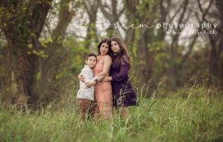Houston Family Photographers SEEM photography Trio Embrace