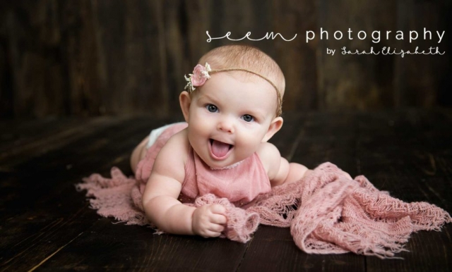 Houston Sitter Photographers SEEM photography Pink Blanket