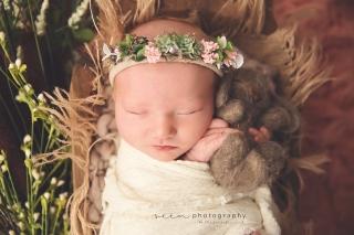 SEEM photography Newborns on a Bowl