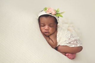 SEEM photography Newborns Swaddled in White