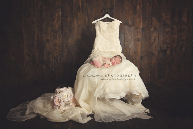 SEEM photography Newborns Wedding Dress and Bouquet