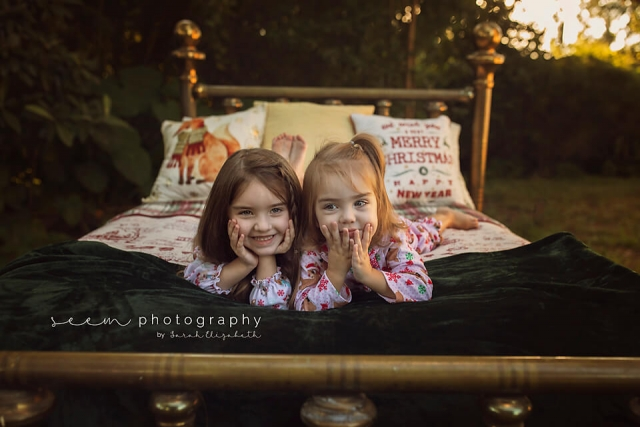 SEEM photography Kids on Outdoor Bed