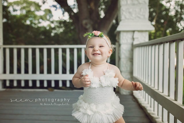 SEEM photography Smiling Baby on Porch