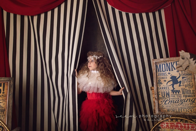 SEEM photography Circus Child Exiting