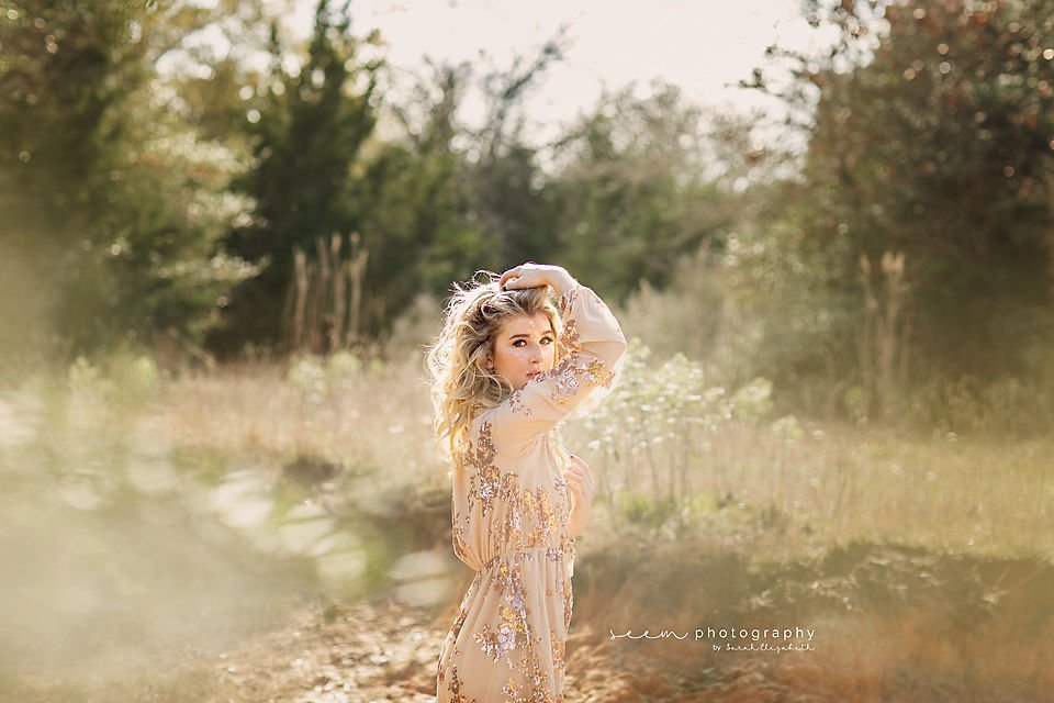 SEEM photography Senior in a Field in a Dress